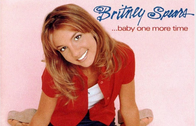 britney spears ky niem 20 nam ra doi ban hit baby one more time