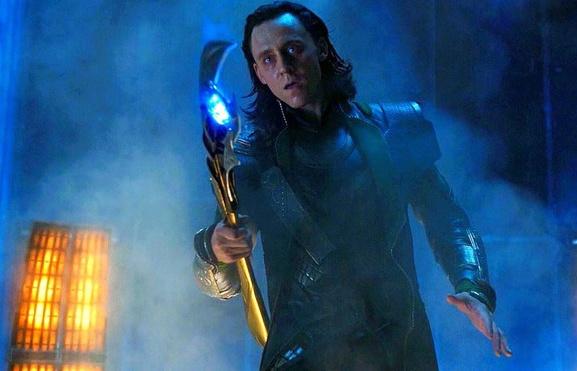 tom hiddleston loki da chuoc toi trong infinity war