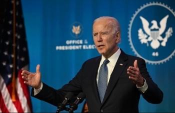 Tổng thống đắc cử Biden chỉ trích Donald Trump, một loạt bộ trưởng và cố vấn rời chính quyền