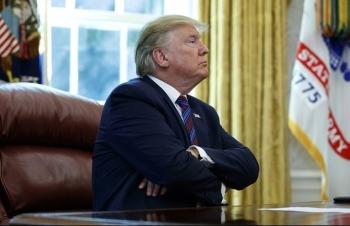 Trump đơn độc những ngày cuối nhiệm kỳ