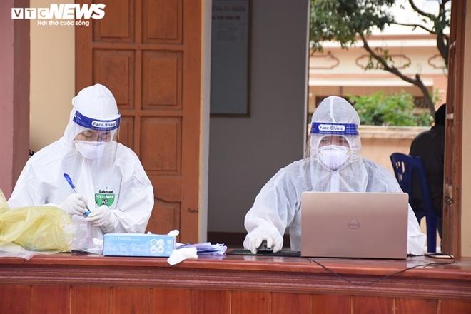 Hải Dương phát hiện chùm ca bệnh 4 người thông qua giám sát ho, sốt cộng đồng - 1