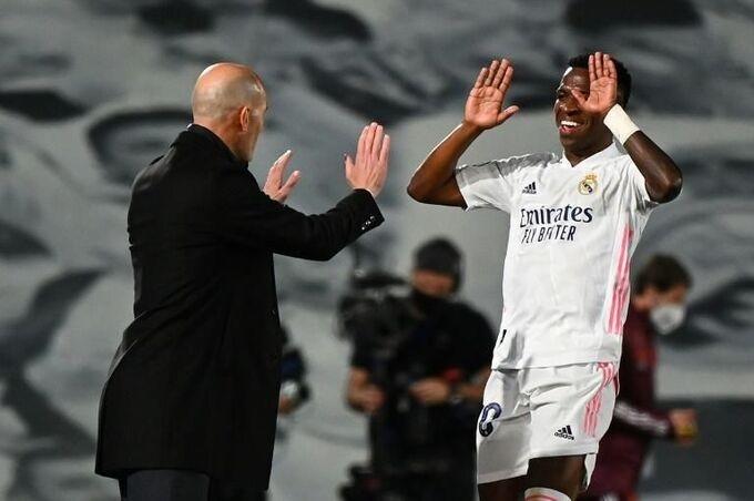 Zidane: 'Real chỉ có chút lợi thế'