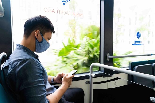 Háo hức khám phá xe buýt điện đầu tiên tại Việt Nam với trải nghiệm 'cực chất' - 3