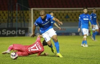Cầu thủ Quảng Ninh tiếp tục đá V-League