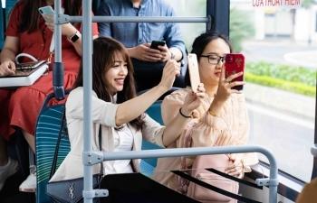 Háo hức khám phá xe buýt điện đầu tiên tại Việt Nam với trải nghiệm