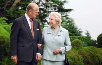 Tương lai Nữ hoàng Anh sau khi Hoàng thân Philip qua đời