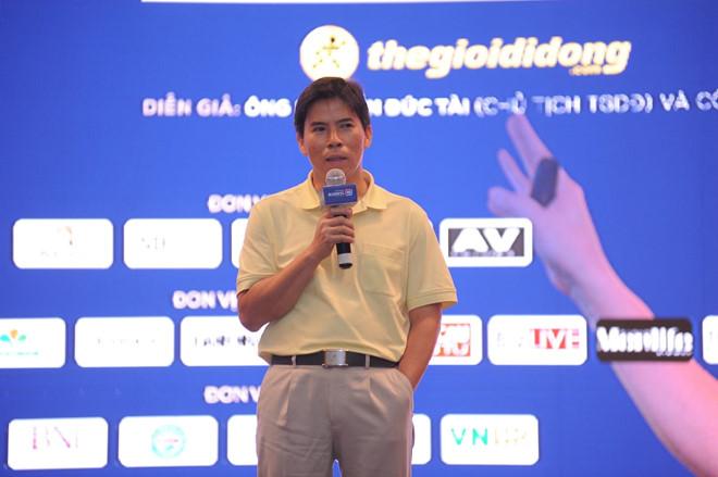 hai em gai ong chu the gioi di dong dong loat ban luong lon co phieu