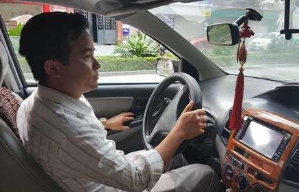 thay giao bi to so dui nu hoc vien nghi dong nghiep tung clip len mang