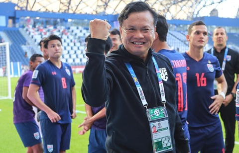 bong da thai lan bat on am i truoc kings cup 2019