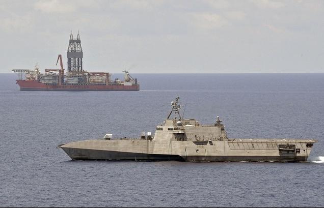 Chiến hạm Mỹ tiếp tục tiến vào Biển Đông