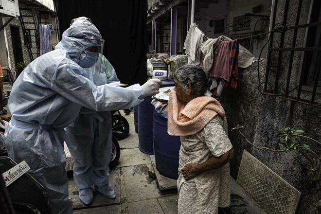 Ngày tang tóc tại Ấn Độ: 3.523 người tử vong do COVID-19/ngày - 1