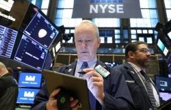 Mỹ - Trung đấu đá, thị trường bốc hơi 4.000 tỷ USD trong tháng 5