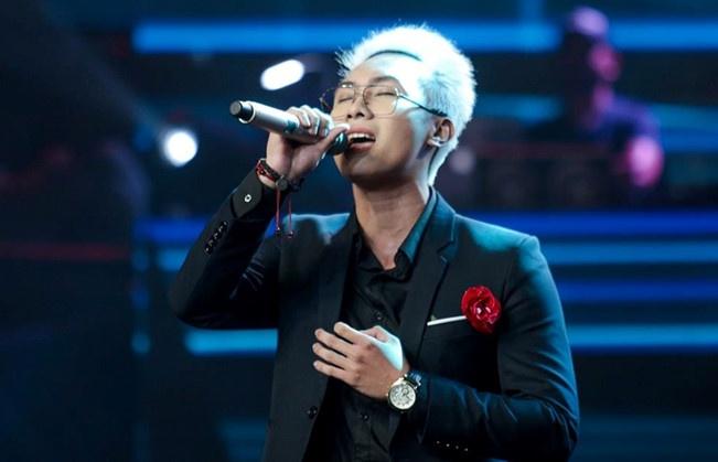 thi sinh the voice bi to gui tin nhan ga tinh dung tuc cho be 13 tuoi