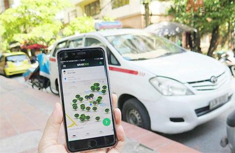long dong phan doi tai xe taxi cong nghe