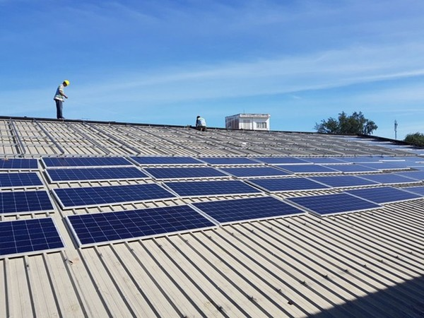 Vỡ quy hoạch điện mặt trời: Có hay không lợi ích nhóm?