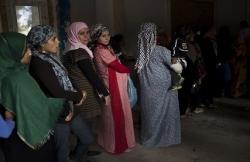 syria doi mat voi khung hoang nhan dao tram trong do covid 19