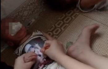 Trẻ bị nhét giẻ vào miệng: Đình chỉ hoạt động lớp mầm non