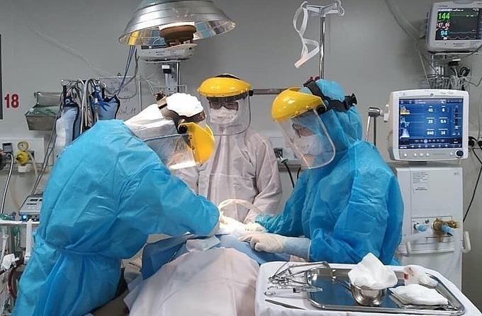 Hơn 3.300 bệnh nhân Covid-19 điều trị ở 12 bệnh viện TP HCM