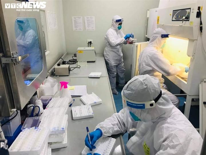 Khẩn trương truy vết người uống bia hơi với bệnh nhân COVID-19 ở Bắc Giang - 1