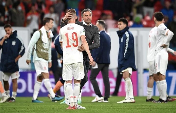 Tây Ban Nha thua cay đắng, HLV Enrique hứa cổ vũ Italy ở chung kết EURO