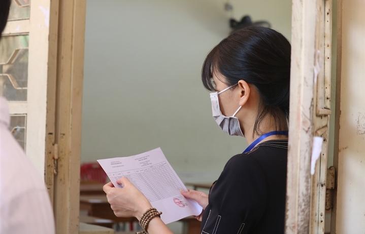 Một thí sinh dương tính SARS-CoV-2, Bắc Giang kỷ luật nhiều cán bộ