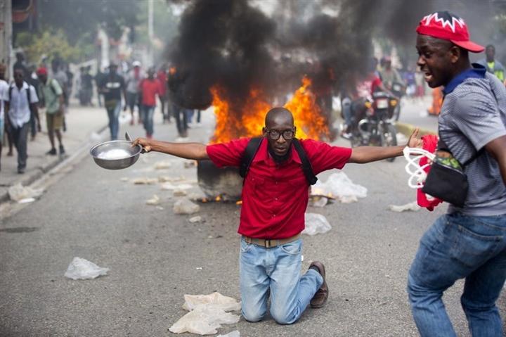 Vụ ám sát Tổng thống nối dài chuỗi ngày bi kịch của người dân Haiti - 3