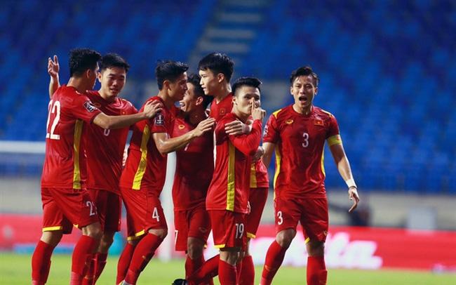 Thầy trò HLV Park Hang-seo sẽ có nhiều lợi thế khi được đá sân nhà