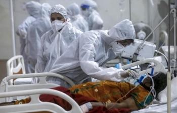 WHO cảnh báo biến chủng mới của Covid-19 khiến việc ngăn chặn đại dịch khó khăn hơn
