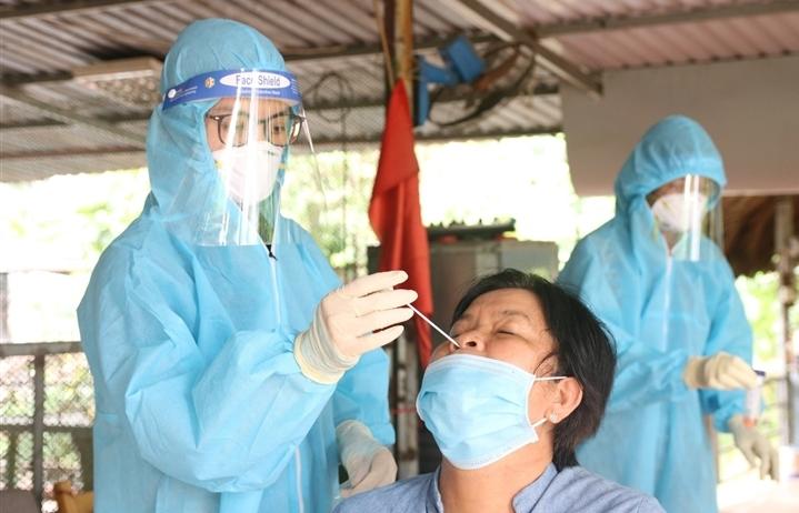 Bình Dương ghi nhận 2.000 người mắc COVID-19 trong đợt dịch thứ 4