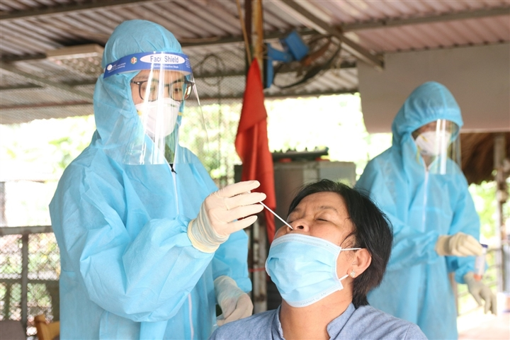 Bình Dương ghi nhận 2.000 người mắc COVID-19 trong đợt dịch thứ 4 - 1