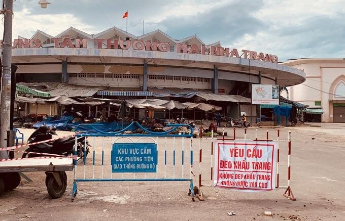Khánh Hòa đóng nhiều chợ truyền thống, người dân TP Nha Trang sẽ mua hàng online