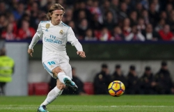 real madrid vs atletico tran chia tay luka modric