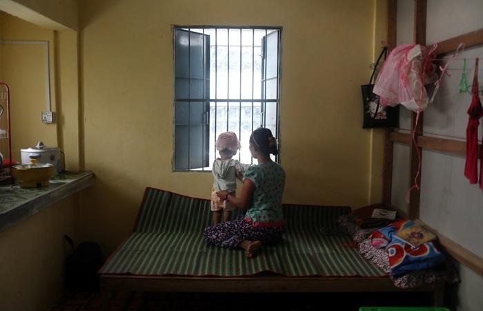 nhung phu nu myanmar song chung voi nan bao hanh