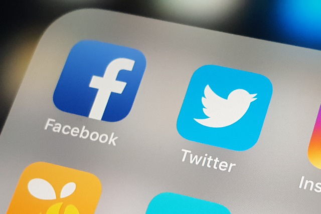 facebook twitter co the mat doanh thu quang cao tu trung quoc