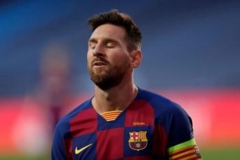 Messi bị chỉ trích trong đêm kinh hãi của Barca trước Bayern