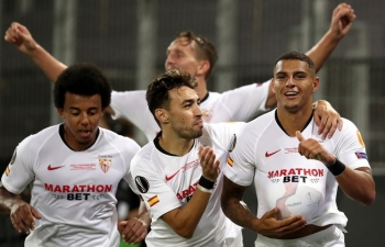 vo dich europa league sevilla duoc lam hat giong champions league