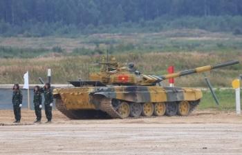 Kíp xe số 1 của đội tuyển xe tăng Việt Nam giành vị trí thứ 2 bảng 2