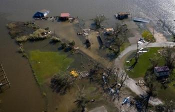 Bão Laura tấn công Louisiana, 6 người chết