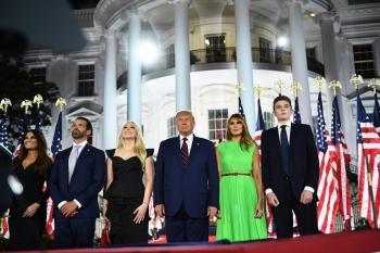 Bầu cử Mỹ: Ông Donald Trump bứt phá sau đại hội đảng Cộng hoà