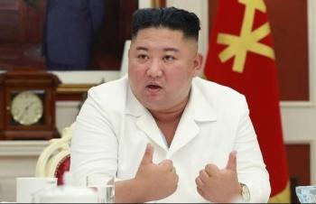 Ông Kim Jong-un sẽ chọn em gái kế vị nếu có vấn đế sức khỏe?