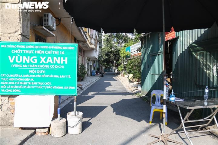 Ảnh: 50 chốt 'vùng xanh' phòng chống COVID-19 đầu tiên tại Hà Nội - 11