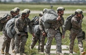 Bùng phát biến chủng Delta, quân đội Mỹ cân nhắc tiêm chủng bắt buộc cho binh sỹ