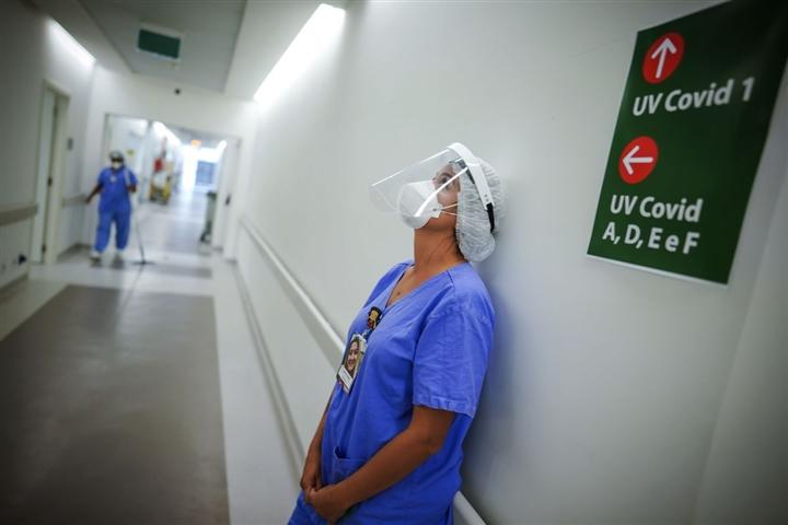 Bác sĩ Mỹ: Biến chủng Delta khiến người trẻ ốm nặng hơn, nhanh hơn - 3