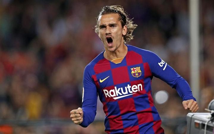 Barcelona chia tay Messi: Tan nát đội hình, tương lai u ám  - 4