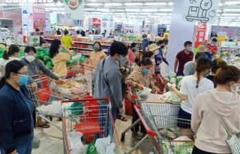 Đà Nẵng có thể phong tỏa 7 ngày, các siêu thị lại kín người mua hàng dự trữ