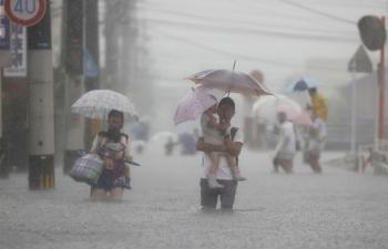 Mưa lớn khủng khiếp, Nhật Bản kêu gọi 1,5 triệu dân sơ tán khẩn