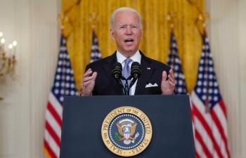 """Vai trò """"dẫn dắt toàn thế giới"""" của Mỹ bị nghi ngờ sau quyết định rút quân ở Afghanistan"""
