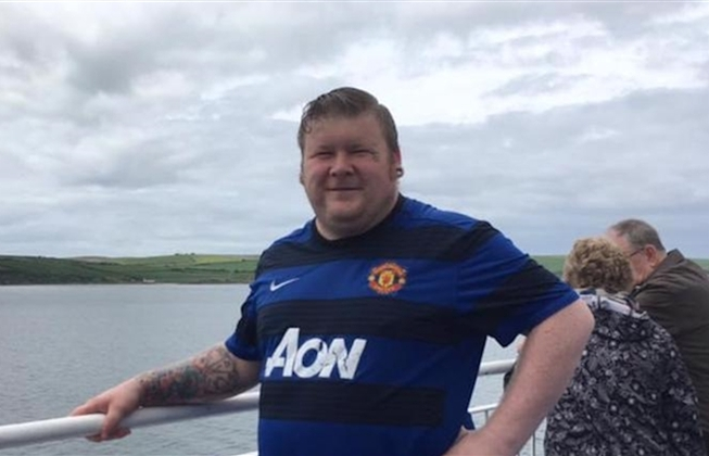 Man Utd tặng vé cho CĐV bị ung thư
