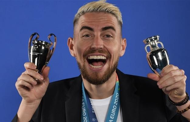 Jorginho đoạt giải cầu thủ hay nhất của UEFA