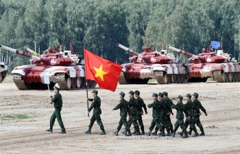 Tuyển Việt Nam không có biên chế xe tăng T-72 nhưng vẫn cực kỳ xuất sắc